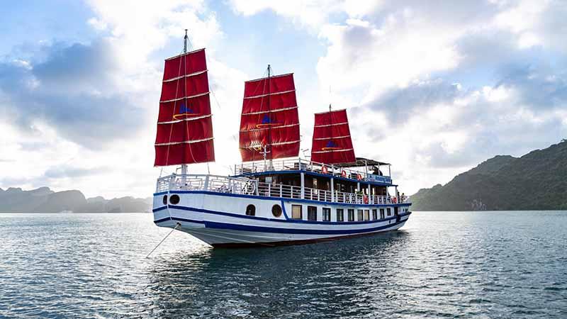 Amazing Sails Luxury Halong Bay