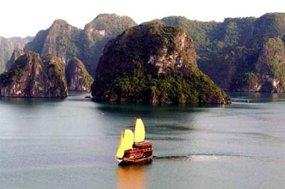 $45 - Group Tour Halong Bay 1 Day